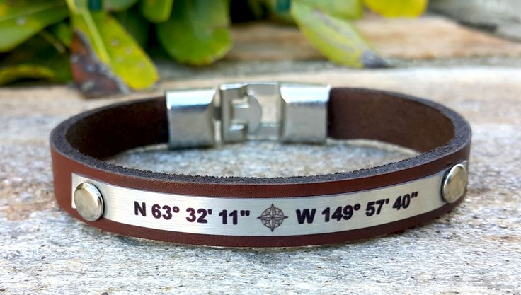 Custom Coordinates Leather Bracelet, GPS Bracelet, Personalized Compass Bracelet, Long Distance Relationship BF and GF Gift Friendship Gift