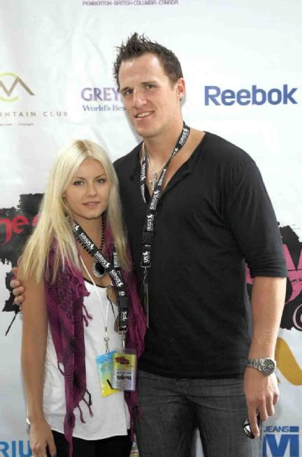 Dion Phaneuf and Elisha Cuthbert