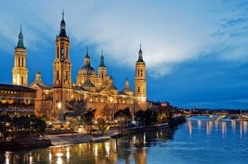 Basilica of Our Lady of the Pillar  El Pilar Basilica, Zaragoza  http://www.sacred-destinations.com/spain/zaragoza-basilica-el-pilar