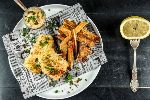 Get $20 off of your first order with Home Chef!  Londontown Baked Fish And Chips with Panko-Crusted Cod, Russet Chips, and Caper Tartar Sauce  #homechef #recipe #dairyfree #soyfree #nutfree #pescatarian  https://www.homechef.com/meals/londontown-baked-fish-and-chips  To receive $20 off of your first delivery, use voucher code PI20FREE