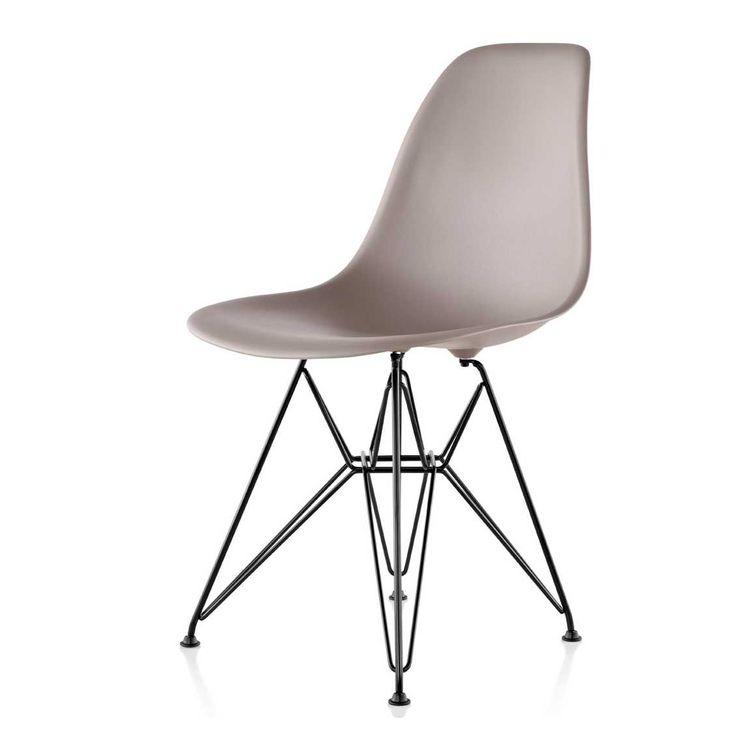 Vitra Eames DSR Stoel Zwart. Plastic ChairsModern ...