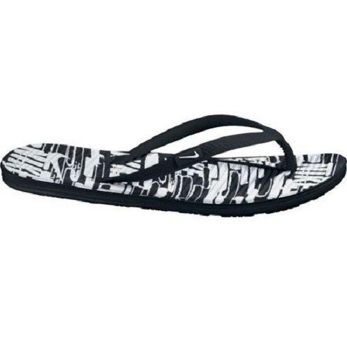 Sendal Nike Solarsoft Thong II Print 553486-011 ini sengaja didesain simple. Harga sendal ini Rp 249.000.
