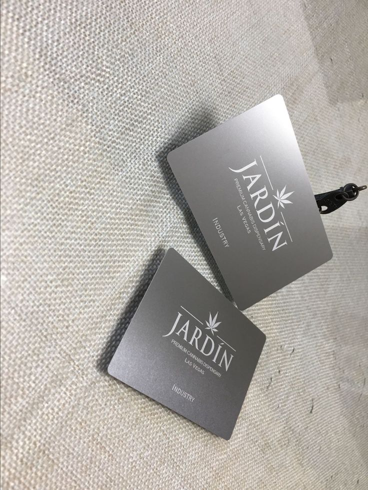 @jardin_vegas has a team of exceptional patient counselors, patient coordinators, and team leaders that are here to elevate the guest experience. The world of plant based therapy can often times be an overwhelming one and they are here to guide their guests through the cannabis experience to ensure guests receive the right products for them. #ohmyprint #lasvegas #420 #cannabis #cannabisculture #cannabiscommunity #weedstagram #smokeweedeveryday #plantbased #extratcs #metalbusinesscards #vip