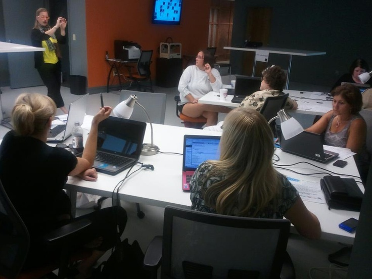 Dorien Morin-van Dam is an excellent trainer in social media. Hands On Networking Myrtle Beach... pinned with Pinvolve