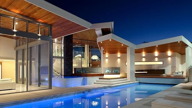 Master Builders Queensland Award winners. House of the Year by Robilliard Building and Design.