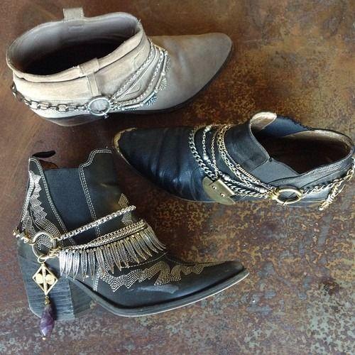 TatiTati Style ➳➳➳Collares adornando botas