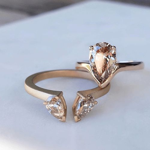 16 Unique Wedding Rings – One-Of-A-Kind Rings That Will Steal Your Heart