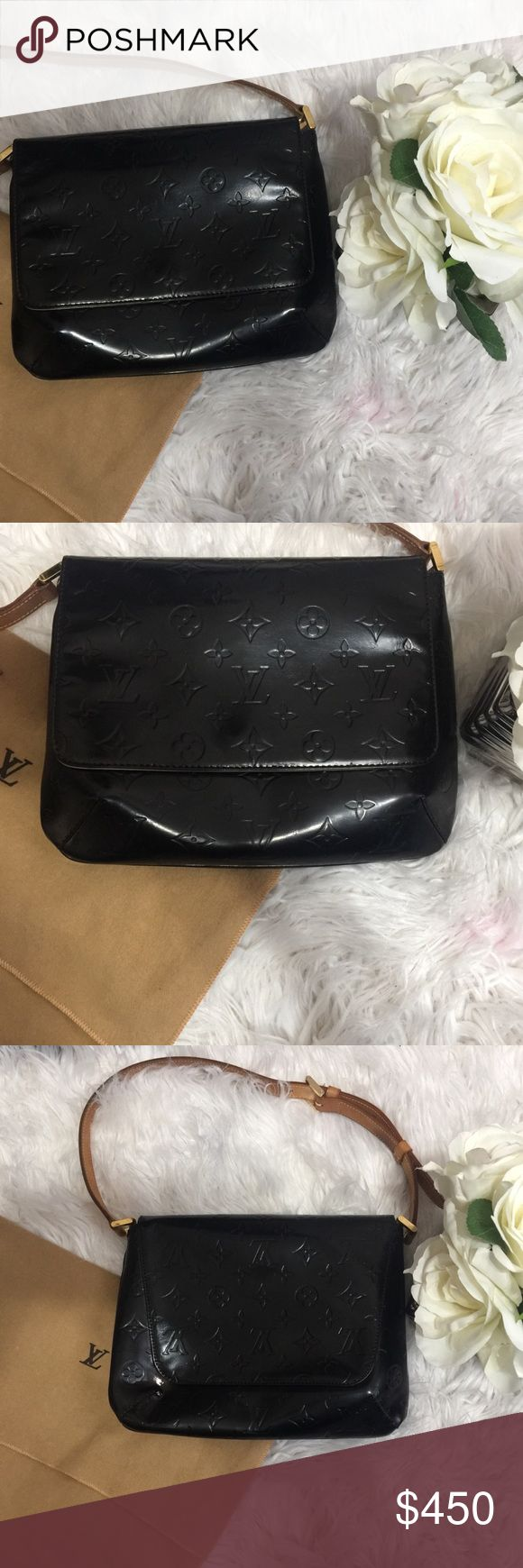 """Louis Vuitton Vernis Thompson street shoulder bag Authentic Louis Vuitton Thompson street shoulder bag. Like new condition. Custom dyed a beautiful black ebony for a unique look. Sealed for weather protection. Cones with Louis Vuitton dust bag. Width 9.8"""" length 8.2"""" approx. ask for free shipping! Louis Vuitton Bags Shoulder Bags"""