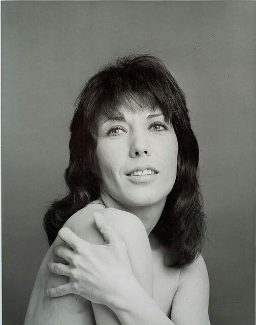 So Young Here  Lily Tomlin  Actresses, Lily, Famous Women-1067