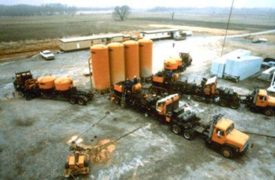 Цементирование  скважины и оборудования