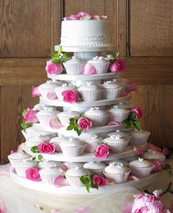 wedding cakes - cup cakes: Pink Roses, Cupcake Rosa-Choqu, Weddings Cakes, Weddings Cupcake, Cupcake Cakes, Small Cakes, Weddings Cups Cakes, Cupcake Towers, Birthday Cakes