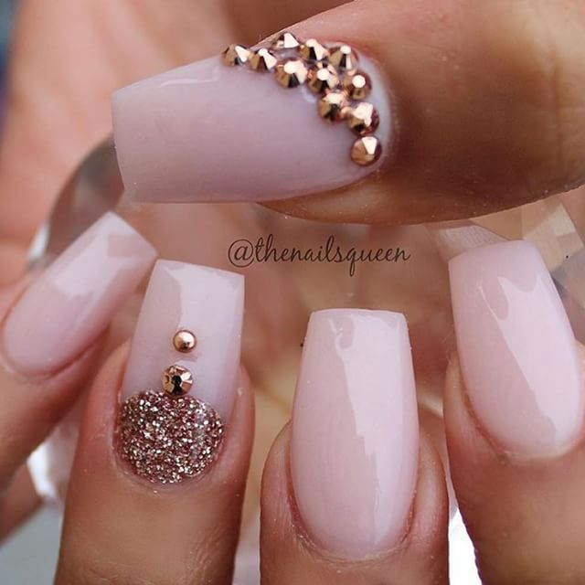 #nails http://www.closetonthego.com/e-shop/