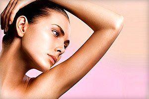 Эффективные способы удалить или осветлить волосы на руках