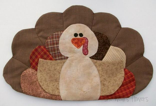 Turkey Placemats With Pockets | Creative DIY Placemat Ideas