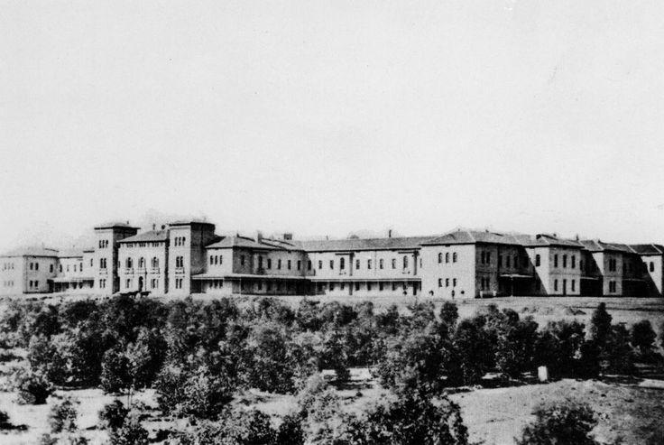 Male side of Beechworth Lunatic Asylum (Mayday Hills Hospital). Source: unknown.