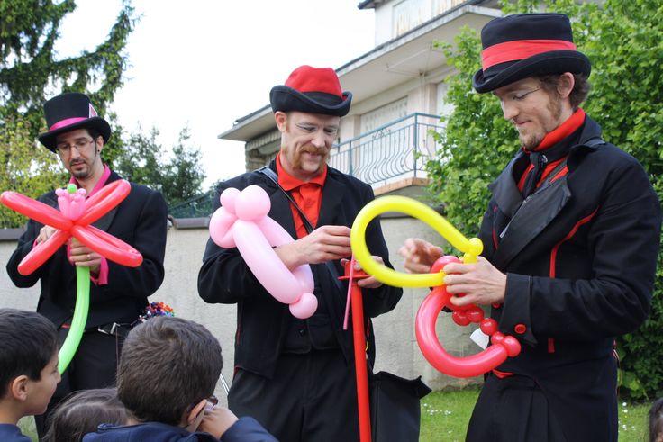 Sculpture sur ballons http://fabuleuse-family.com/
