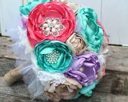 Champagne coral, aqua and lilac  Do these colours speak to you?