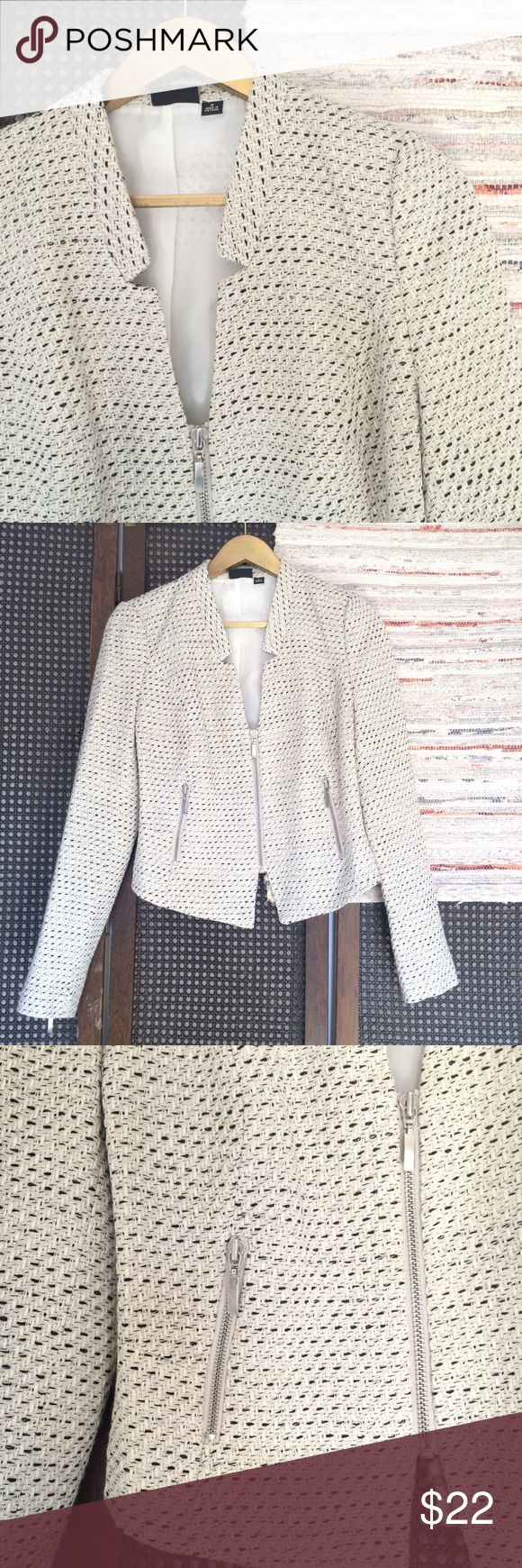 """Woven Zippered Blazer With No Lapels Cream with black and silver woven into it. Silver hard wear. Zips up the front and up the sleeves.  Zippered pockets. Feminine cut. Bust 19.5"""" length 19-23"""" sleeves 25""""   •I don't swap/trade •I don't do holds  •I rarely model due to the fact that I don't fit all items.  •I price with shipping in mind  •I am open to reasonable negotiations  •Bundle for the best deals  ☮   ❤️   😊 a.n.a Jackets & Coats Blazers"""