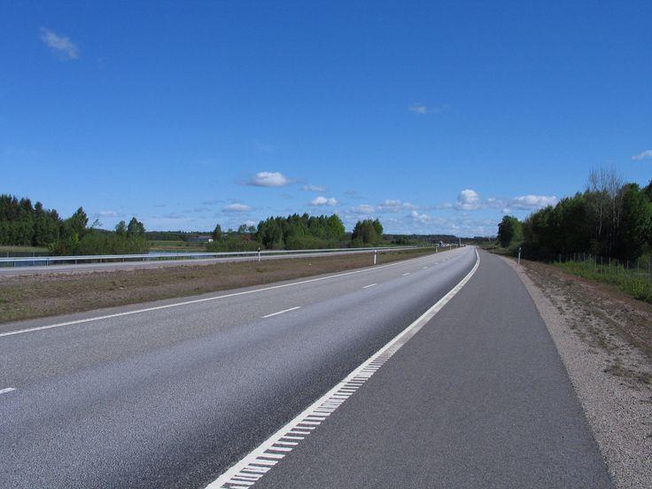 Småland. Motorväg en tidig morgon.