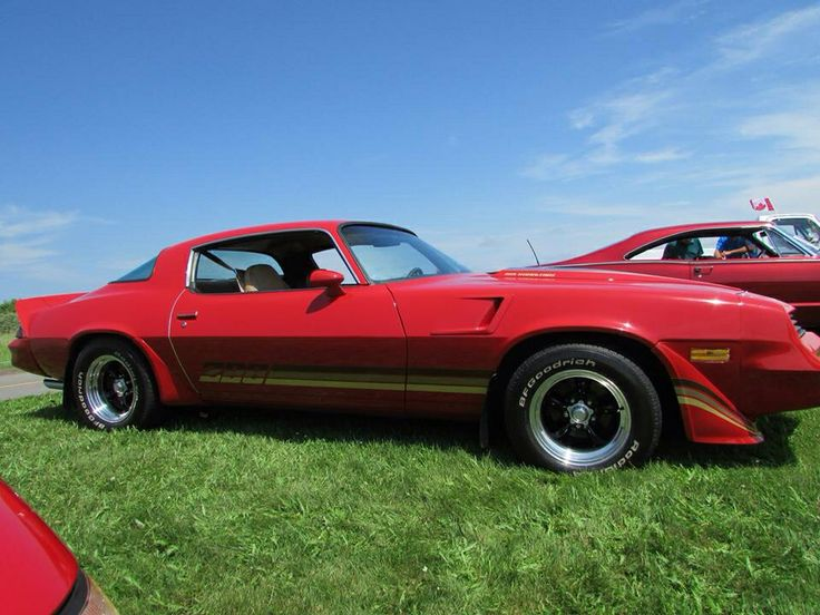 1981 Camaro 350 slightly modified with 3 speed automatic. Hotchkiss  suspension , 3500 stall torque, Holley carb, line lock