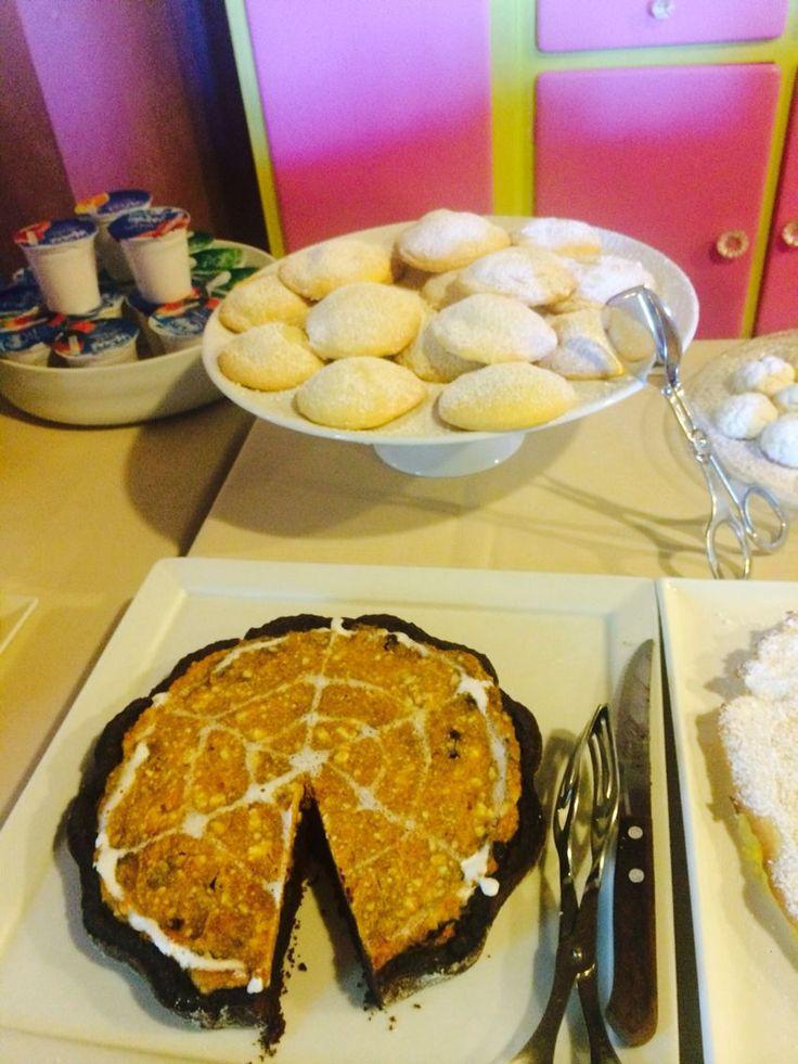 Halloween buffet breakfast at Antico Granaione b&b