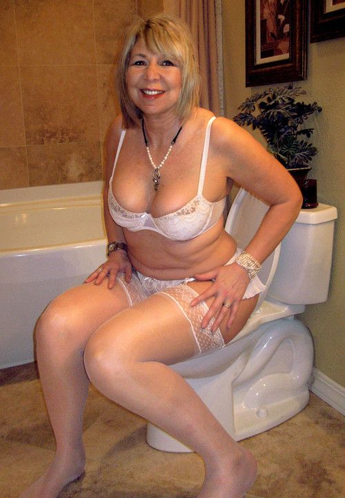 Women 30 mature beautiful over