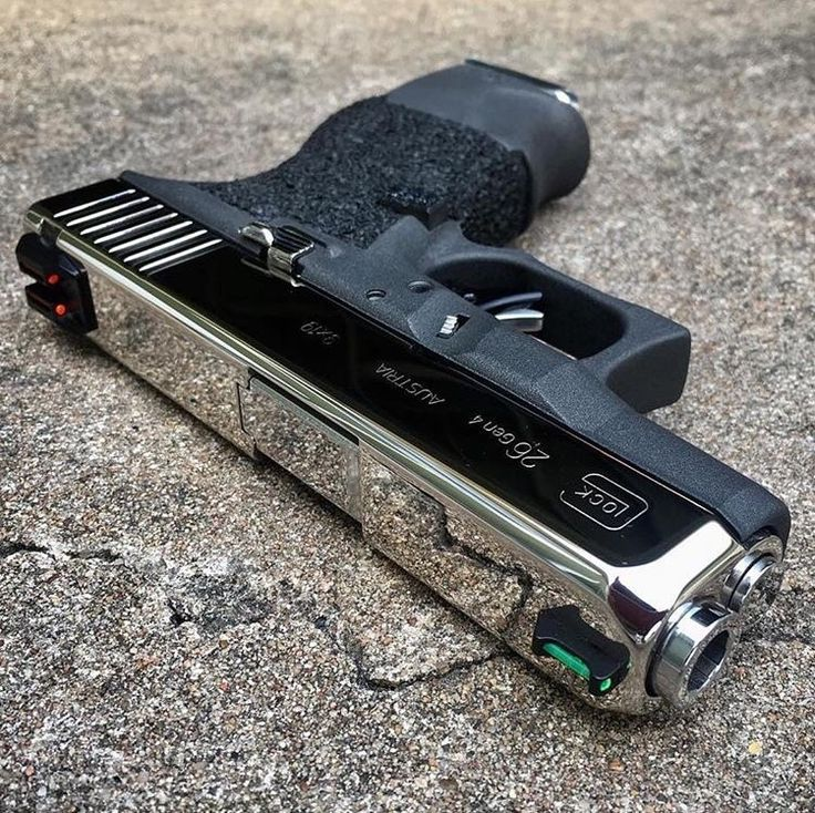 Whether you are a Glock person or not, we can all appreciate this slick Glock 26. (Instagram: toddnaustin)