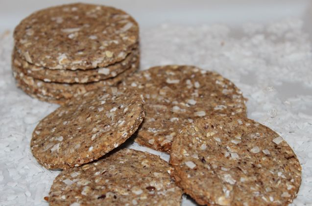 Shredded coconut is an excellent source of fiber, helping dogs with digestive issues. Try out this easy Banana Coconut Dog Treat Recipe!