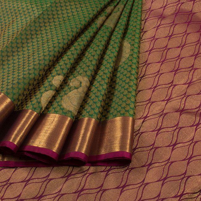 Handwoven Green Jacquard Kanchipuram Silk Saree With Paisley Motifs 10012932 - AVISHYA.COM