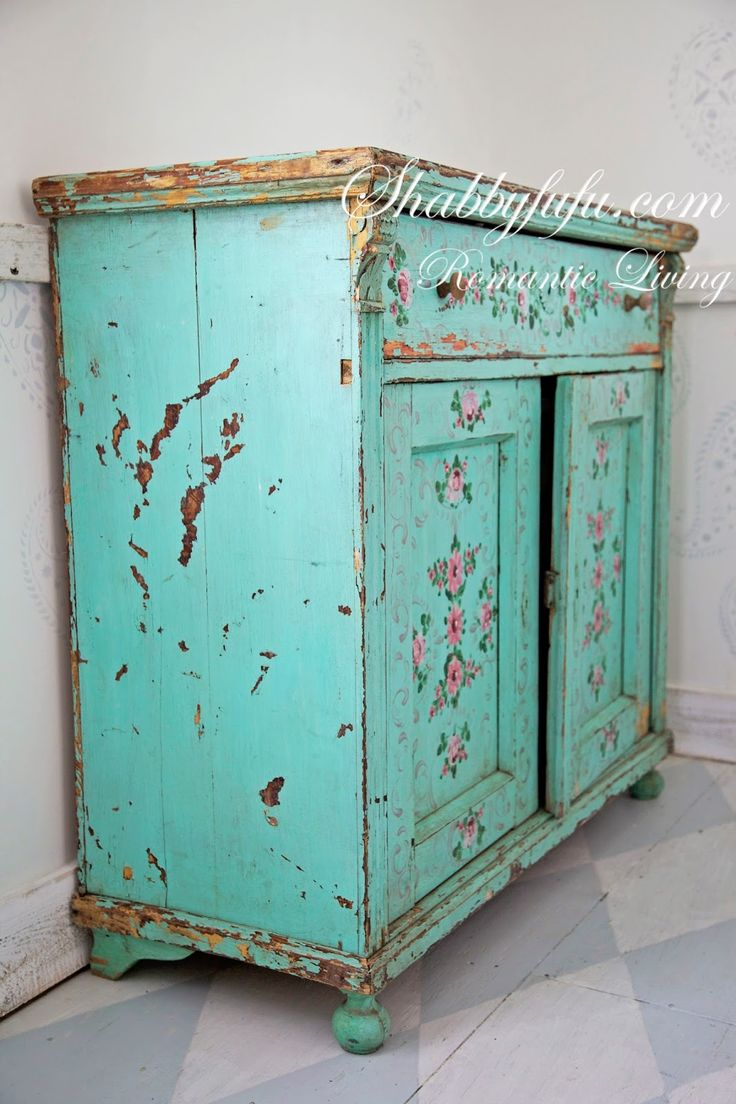 Blue shabby chic furniture - Best 25 Shabby Chic Tables Ideas On Pinterest Shabby Chic Painting Shabby Chic Decor And Shabby Chic Storage