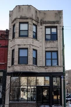 2816 North Lincoln Avenue, Chicago, IL 60657 — Fully updated and very clean greystone and brick investment property. New top-of-the-line office build-out with 7 private office spaces, approximately 1600 sq. ft. per floor w/full dry basement.  Two large apartments, each with 3 full bedrooms, 1 large bathroom w/central air and in-unit laundry. Busy 6-corner intersection location in Lincoln Park/Lakeview. Major interior and exterior improvements in last 5 years.