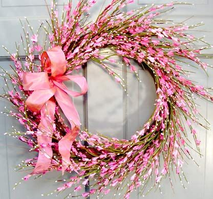 Beautiful Wreaths, centerpieces and candle rings