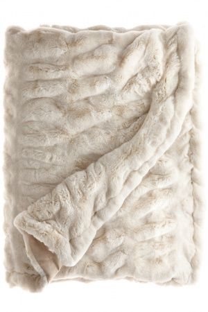 Super soft blanket...Faux Fur Throw. Calypso.