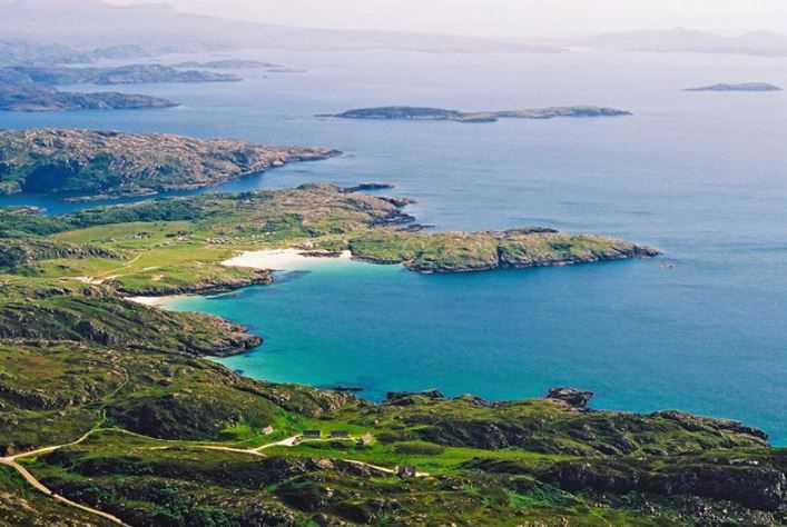 Cathair Dhubh Estate, Lochinver, Sutherland, The Highlands, UK, Scotland. Pets Welcome. Children Welcome. Coast Welcome. Wifi. Beaches.