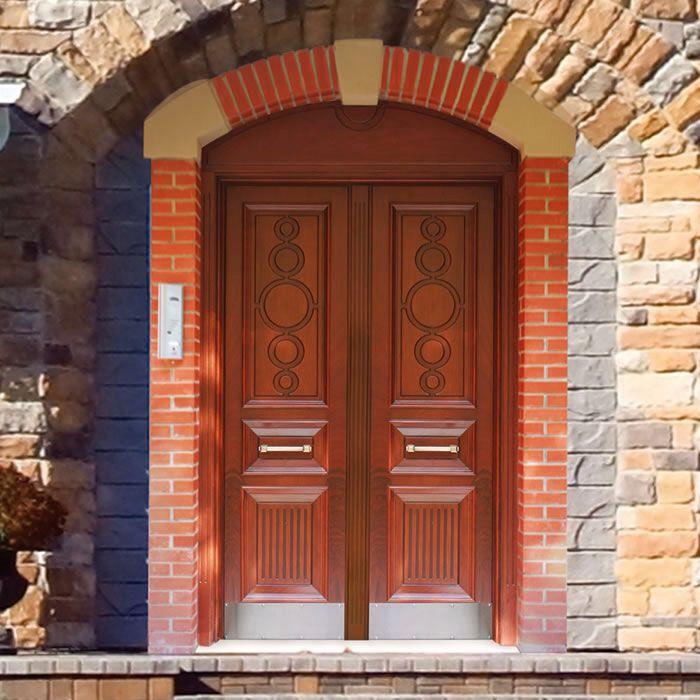 Tarihi kapalı oyma desenli Kapılar