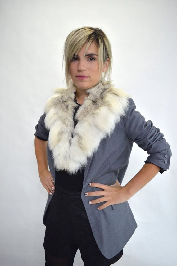 Real fox collar fox collar Platinum/white fox fur collar. by BeFur