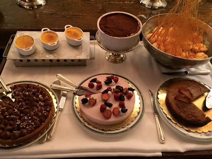 Tiramisù, Crème Brulée, Ile Flottantes, Mousse di Fragole, Torta di pesche e amaretto, Torta di pere e cioccolato Hotel Hermitage Cervinia