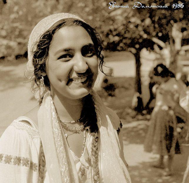 цыганский тип лица фото отошел яркости