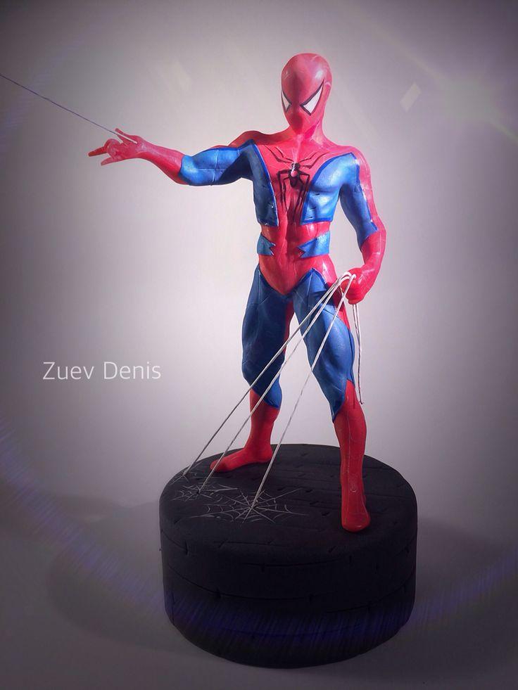 Человек паук из мастики на торт, сладкая фигурка.
