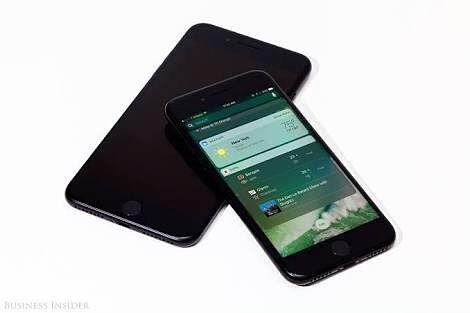 Iphone 7 : Like & Share......! #iphoneromeo