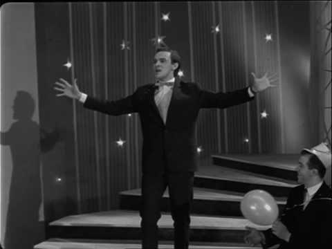 Муслим Магомаев - Куплеты Эскамильо. Muslim Magomaev Eskamilio.  Оперный хит всех времён и тореадоров — знаменитая ария Эскамильо — более известна как Марш (куплеты) тореадора из оперы Кармен (1874).