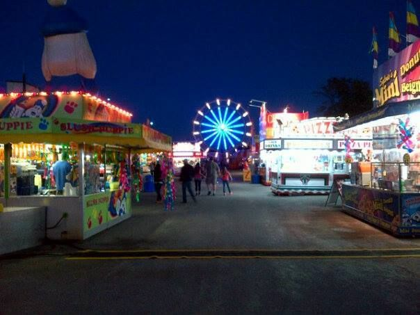 Binbrook Fair Coming September 16-18 2016 ~ Celebrating 162 years this year! Many things to do and see for the whole family including Canada's #1 Demolition Derby. Farm Animals, Birds of Prey, Commercial Exhibits, Midway Rides, Live Entertainment