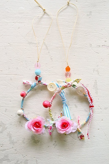 little dream catchers~ so much color!!