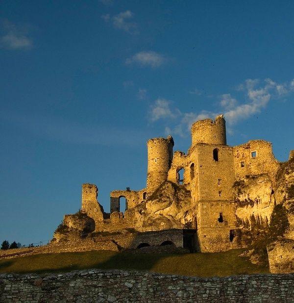 Zamek Ogrodzieniec w Podzamczu