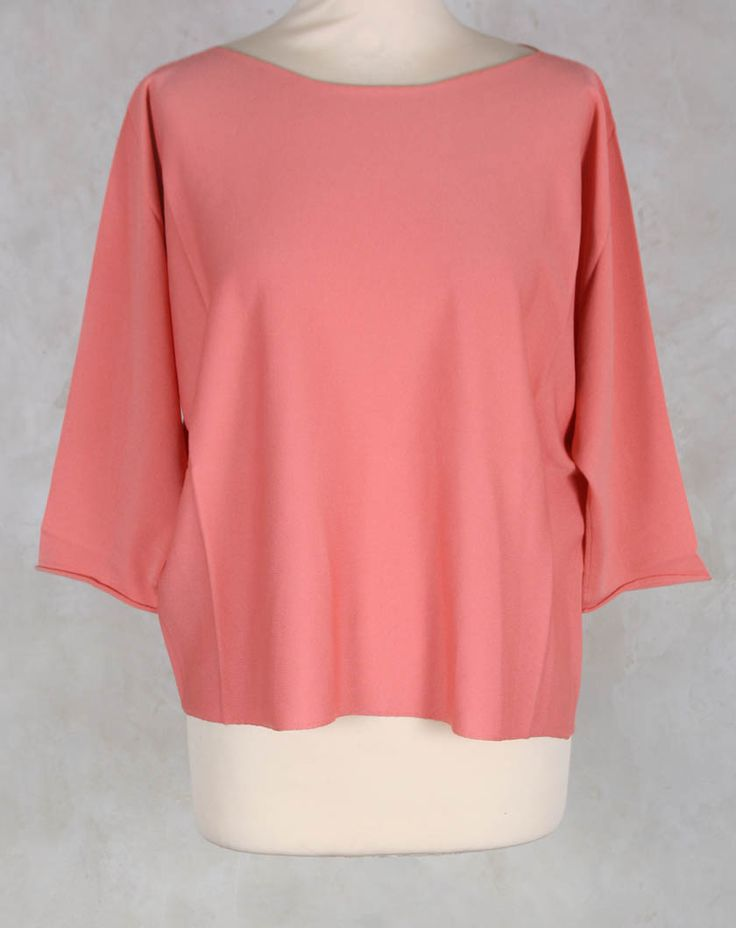 Stretch Pullover in Peach - Crea Concept