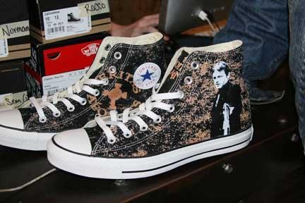 Boondock Saints: Chuck Taylors, Fashion Shoes, Boondocks Saints, Shoe Purchase, Converse Chuck, Saints Chucks, Saints Shoes, Saints Converse, Boondock Saints Ok