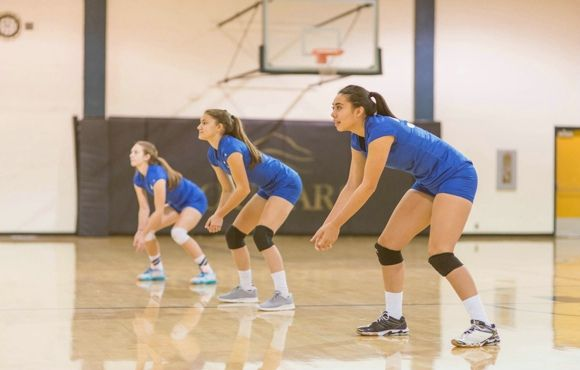 Shake Off That Summer Rust And Get Ready To Make The Team With These Tips For Volleyball Tryouts To Volleyball Tryouts Volleyball Workouts Coaching Volleyball