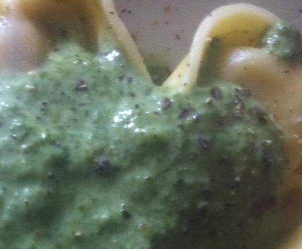 Rezept Schnelle Spinatsoße (super für Kinder) von Elala85 - Rezept der Kategorie Saucen/Dips/Brotaufstriche