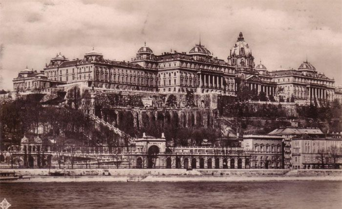 Royal Palace of Buda during the 1930s.