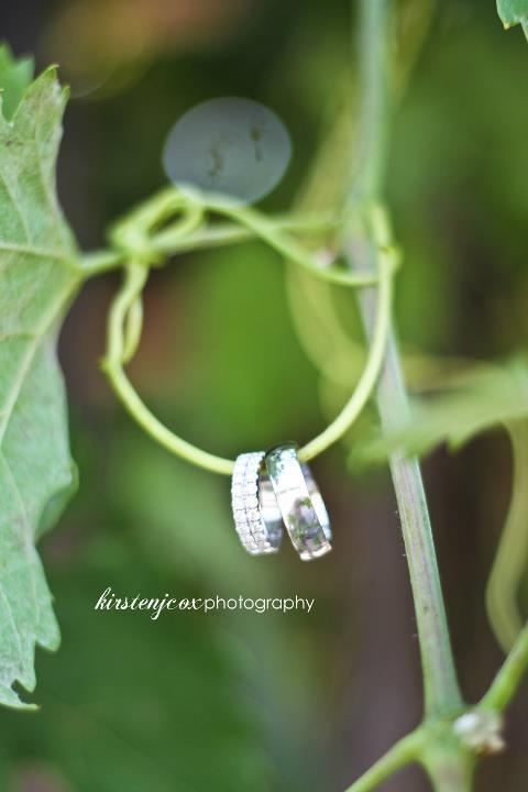 Tie the knot | vineyard wedding  Keywords: #vineyardweddings #jevelweddingplanning Follow Us: www.jevelweddingplanning.com  www.facebook.com/jevelweddingplanning/